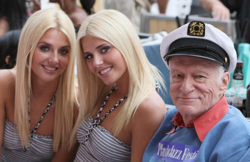Hugh-Hefner-Can-t-Tell-His-Girlfriends-Apart-2